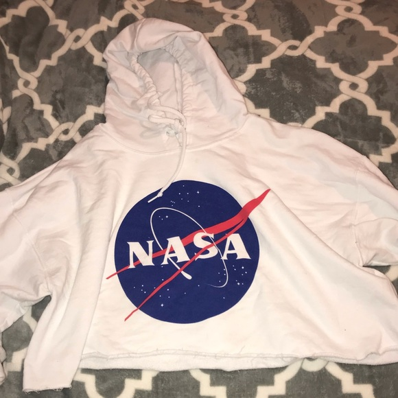 yazbek Tops - NASA cropped sweatshirt